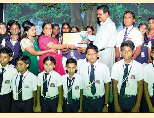 Mathurbhoomi Seed Harithavidhyalam award